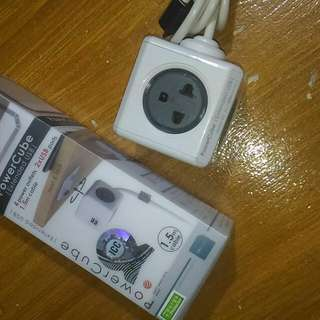 Powercube Extended USB 4 Power Outlet with Surge Protector