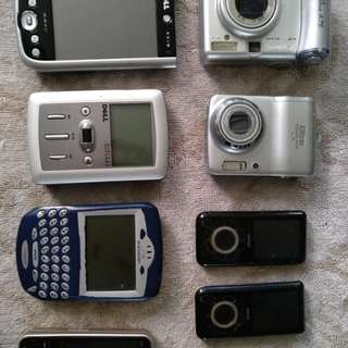 Assorted AVP, mobile devices for parts...