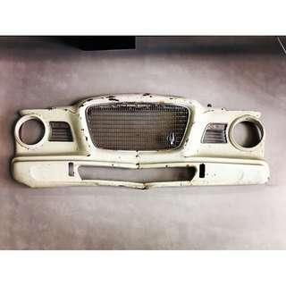 //ORI DECO工業風老件// 美國 1960s Studebaker Lark 原廠車殼組件 IG拍照超帥