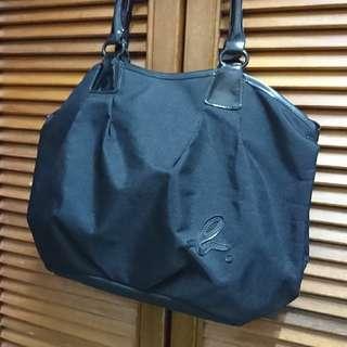 agnes b 側背包 防潑水材質 黑色 八成新