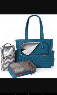 Skip hop 4 in 1 diaper bag