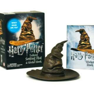 Harry Potter Sorting Hat - miniature replica - actually talks!