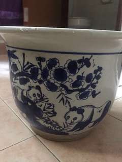 Flower Pot porcelain 27 cm width and 21 cm height