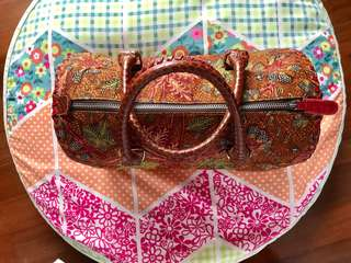 Tas batik dengan motif yg cantik elegan