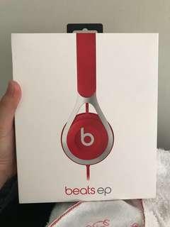 Selling Beatsep brandnew!!