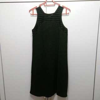 Something borrowed black dress