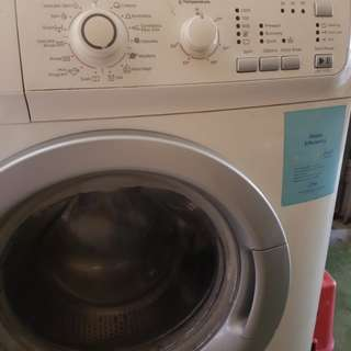 Electrolux Washing Machine 7kg and dryer 6 kg