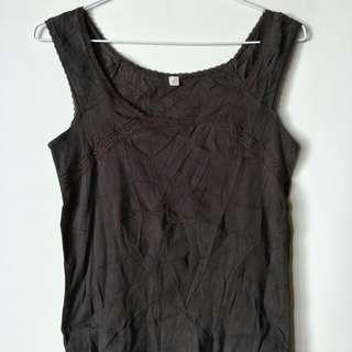 全新uniqlo 棉質咖啡色蕾絲上衣內搭衣,38胸寬*56衣長