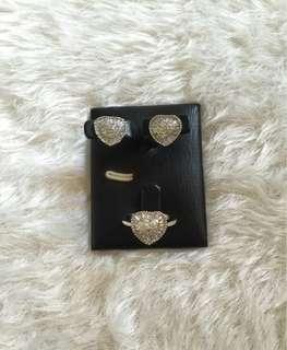 REPRICED!!! Heart baguettes fashion set