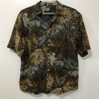 Vintage Floral Print Polo Short Sleeve Button-down