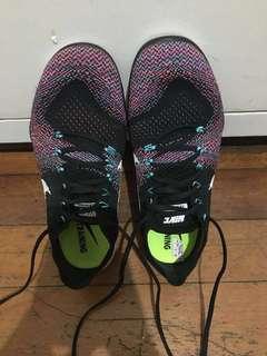 Nike Free Focus Flyknit 2
