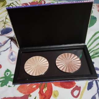 Ofra Cosmetics Rodeo Drive and Glow Goals Highlighter with free Magnetic Palette.
