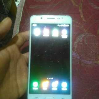 Samsung Galaxy J5 2016 mulus (Minus Baca Di Bawah)-(No Mahar....Tt Bt Only)
