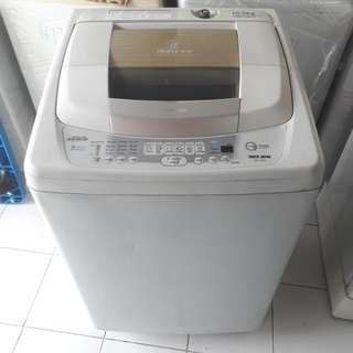 Toshiba 10kg fully automatic washing machine. 95%ok Good condition one month warntey 01133530275 call me WhatsApp