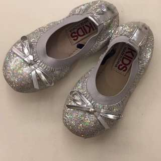 Cotton On Kids Shoes size 8