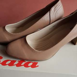 Bata pump shoe (2.5-inch)