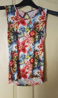 Floral sleeveless and backless top
