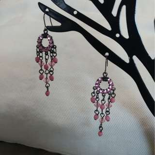 🚚 水晶與珠珠粉色垂墜耳環
