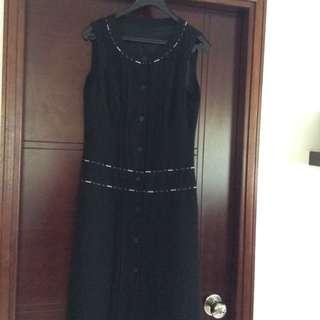 Brand new black color dress 返工裙