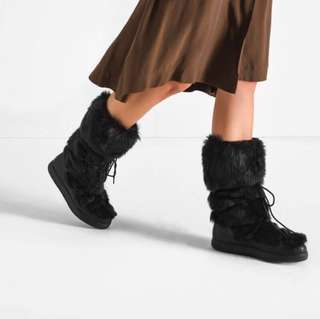 Charles & Keith Moon Flurry Boots