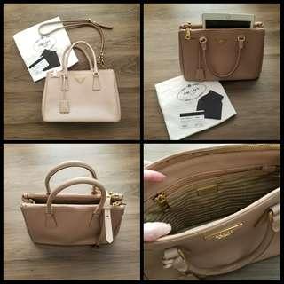 85%New Prada Saffiano Lux 2-way Bag Fullset 袋
