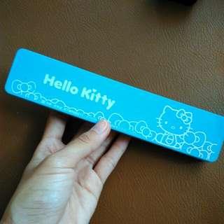 Tempat pensil hello kitty