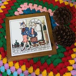 VINTAGE 古著 老件 雜貨 復古 兔女郎 晚餐 陳列 佈置 擺設 磁磚 木框 小掛畫