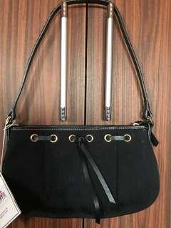 small handbag/shoulder bag