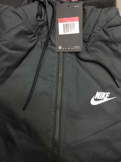 全新Nike 風褸 黑色 code727325010
