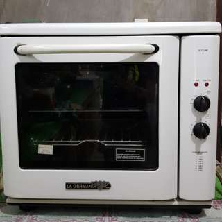 OVEN WITH TIMER LA GERMANIA