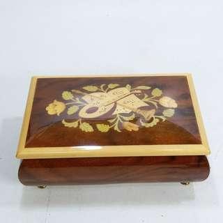 懷舊  意大利 木製音樂盒