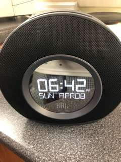 JBL Horizon Speaker and Clock