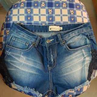 Roxy 牛仔短褲 M