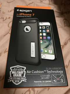 iPhone 7 Spigen Slim Armor Case