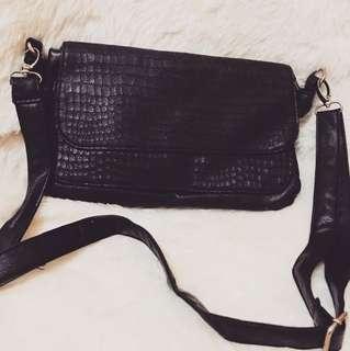 Parisian Sling Bag