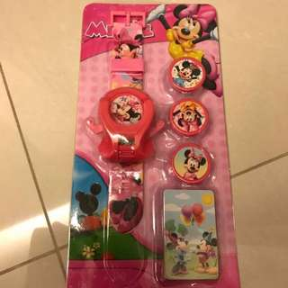 *RS** Cartoon Watch with Disc Shooter