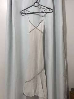 Elegant white cotton linen dress