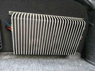 (URGENT) ZR360 KICKER Power Amplifier
