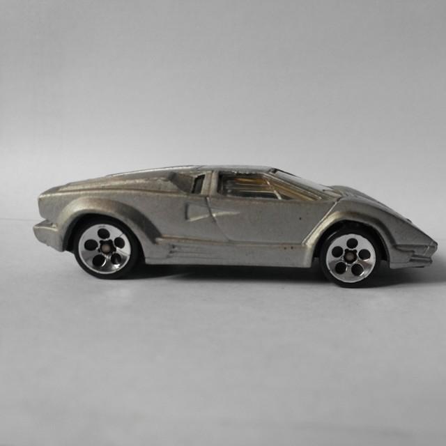1997 Hotwheels 25th Anniversary Lamborghini Countach Silver Toys