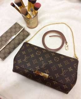 Authentic Louis Vuitton Favorite bag Monogram mm