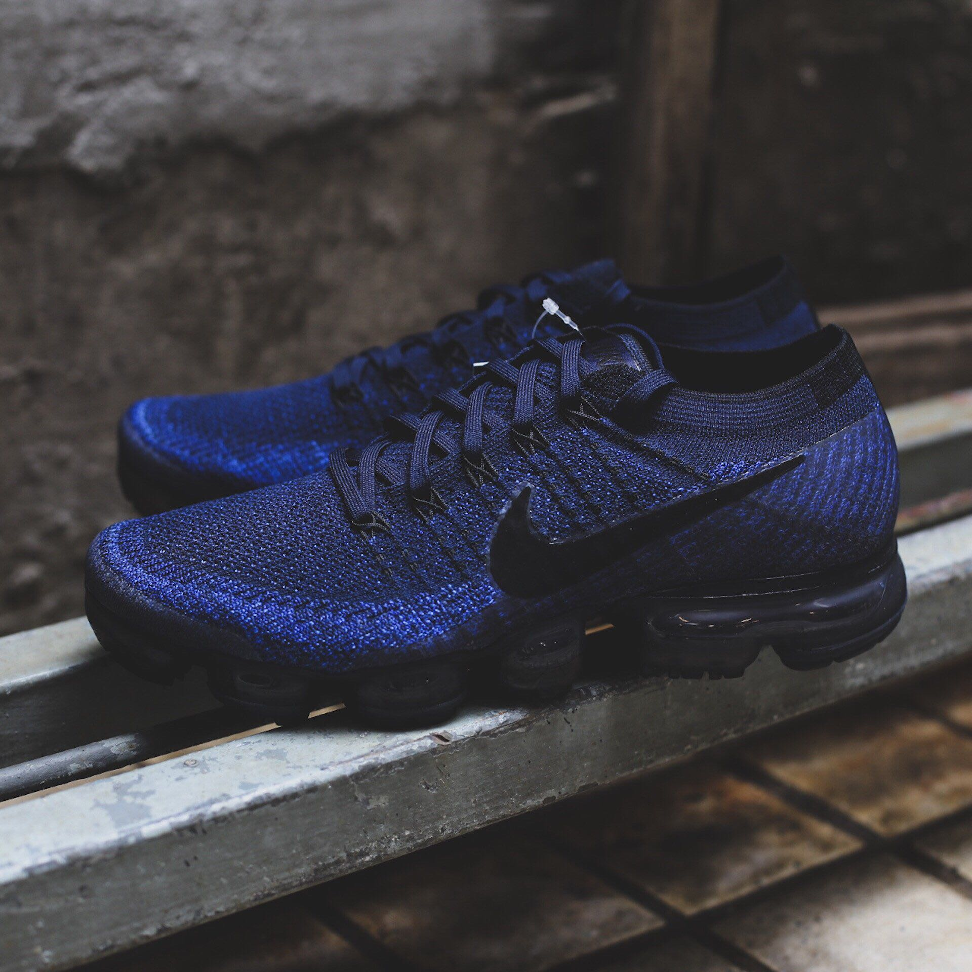 c32dd88ba0192 $200 Nike Air Vapormax Midnight Navy, Men's Fashion, Footwear on Carousell