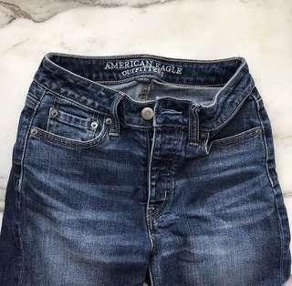 American eagle vintage blue jeans