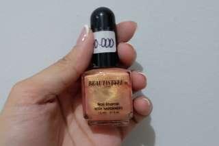 Nail polish by BEAUTISTYLE