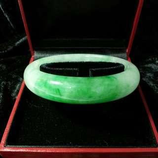 🚚 天然玉手環