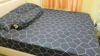 Dreamy Night Pavilio Bedsheet (Queen size)