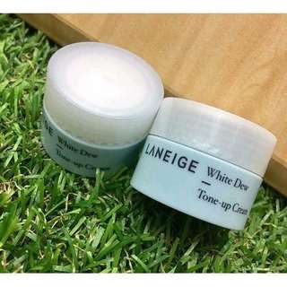 Laneige white dew tone up