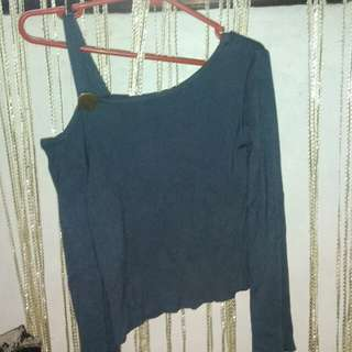 Knitted off shoulder blouse
