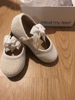 Meet my Feet | Macy White | Size 19