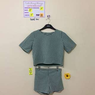 Brand New Green Houndstooth Print crop top and shorts set