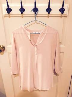 Uniqlo Rayon Skipper Collar 3/4 Sleeve Blouse in Pink